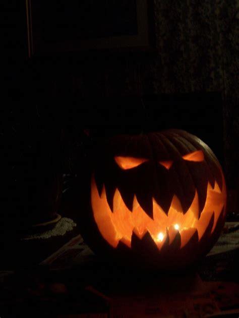 cool pumpkin carving ideas  pumpkins scary pumpkin