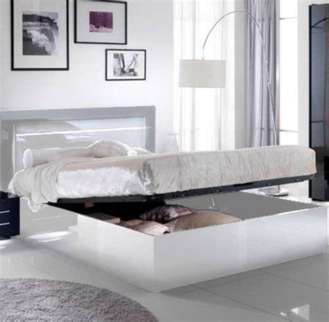chambre lit blanc lit avec coffre de rangement city laque blanc chambre à