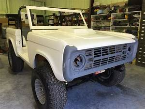 66-77 Ford Bronco Custom 4x4  Lifted  New Body  Chassis Complete  Many New Parts For Sale