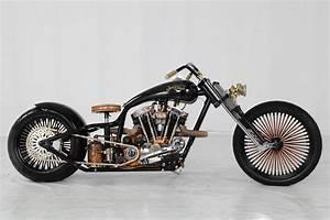 Bobber Harley Davidson : hoosier daddy choppers jack daniel 39 s custom harley davidson autoevolution ~ Medecine-chirurgie-esthetiques.com Avis de Voitures