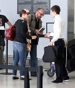 Elizabeth Giamatti in Paul Giamatti Catching A Flight In ...