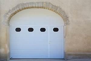 Porte De Garage 5m : porte de garage basculante sur mesure avec portillon ~ Dailycaller-alerts.com Idées de Décoration