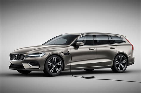 2019 Volvo V60 First Look Making Wagons Cool Again