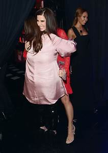 Sandra Bullock and Melissa McCarthy Photos Photos - Zimbio