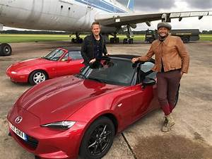 Car Sos Francais : behind the scenes aston martin db6 facebook ~ Maxctalentgroup.com Avis de Voitures