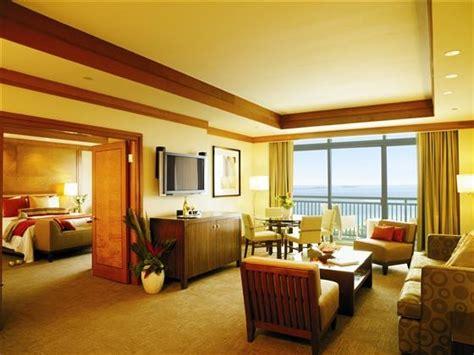cove atlantis bahamas azure suite