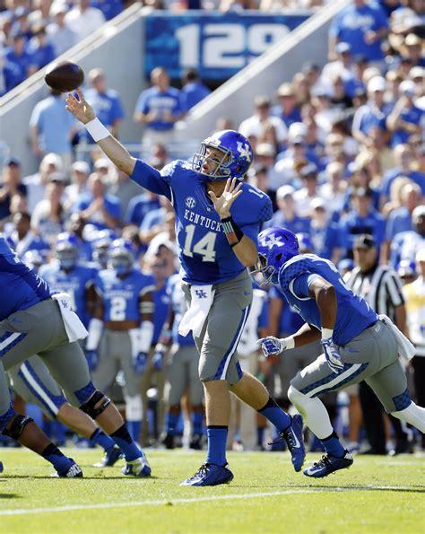 36+ Kentucky Football Uniforms Pictures