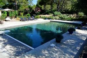 Jardinier paysagiste toulon amenagement exterieur for Wonderful piscine avec terrasse en bois 2 jardinier paysagiste toulon amenagement exterieur