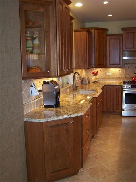 berg traditional kitchen chicago  jandb kitchen