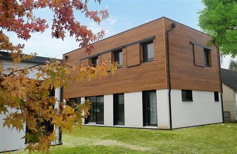 comment construire sa maison en bois comment se construit une maison en bois bien construire