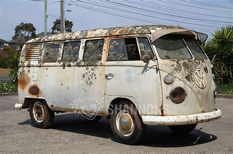 volkswagen kombi sold volkswagen kombi 39 window 39 project auctions