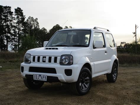 Review Suzuki Jimny by Suzuki Jimny Review