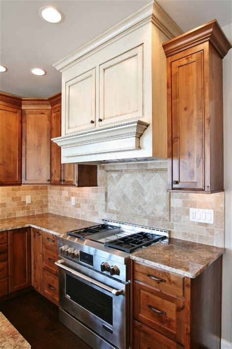 antique white stain kitchen cabinets antique white stained cabinets 7495