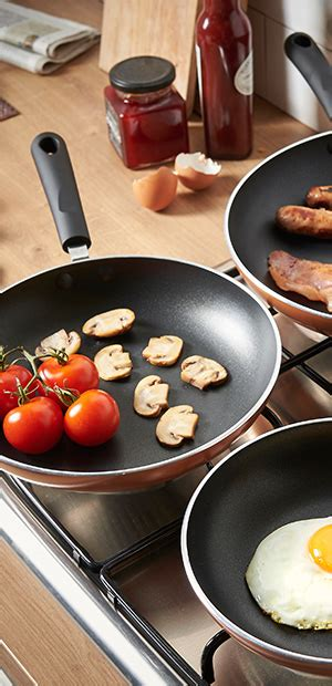 vonshef  pc copper aluminium frying pan set cookware set includes   cm skillets