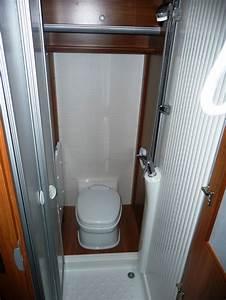 Toilette Mit Dusche : dusche mit toilette wowa versicherung wohnmobile ~ Michelbontemps.com Haus und Dekorationen