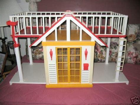 casa della con ascensore cottage o casa di cagna 1982 sorella povera della