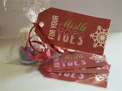 school friend christmas gifts ideas for less than 5