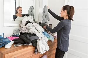Kleiderschrank Sortieren Tipps : kleiderschrank organisieren tipps tricks ~ Markanthonyermac.com Haus und Dekorationen