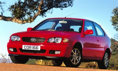 2000 Toyota Corolla Review by Toyota Corolla Hatchback Review 2000 2002 Parkers
