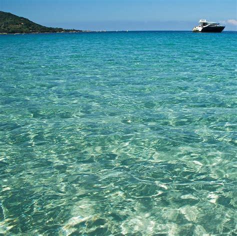 si鑒e de plage secrètes ou peu fréquentées les plus belles plages corses