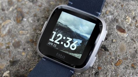 fitbit versa faces clock wareable apple photograph watches charge