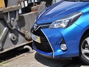 Essai Toyota Yaris : en images essai toyota yaris restyl e 2014 essai toyota yaris hybride 2014 challenges ~ Medecine-chirurgie-esthetiques.com Avis de Voitures