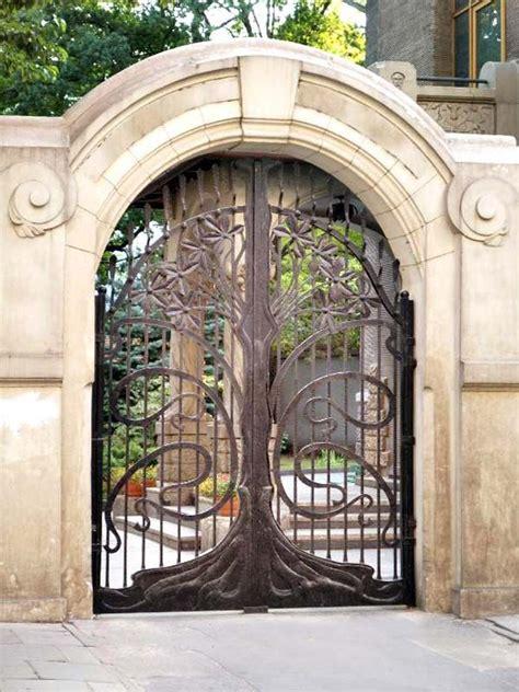 Wrought Iron Garden Gates Designs best 25 wrought iron gate designs ideas on