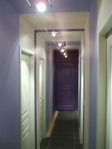 Peindre Un Couloir : et un couloir original de plus et un ~ Dallasstarsshop.com Idées de Décoration