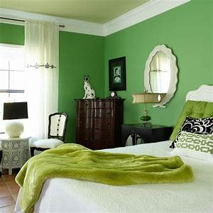 green bedroom ideas how to furnish it and what shades to With colors for walls in bedrooms