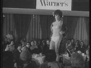 Einverständniserklärung Filmaufnahmen Muster : mode italien 1965 1966 sd stock video footage ~ Themetempest.com Abrechnung