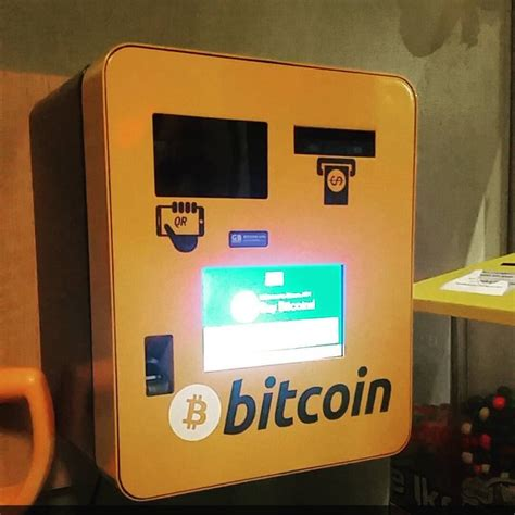 How to use a bitcoin atm. Bitcoin ATM in Manchester (USA) - Murphy's Taproom