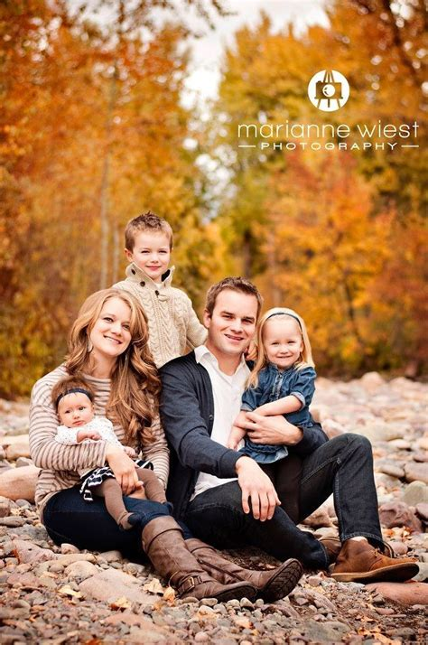 25+ Best Family Photo Shoot Ideas On Pinterest Family