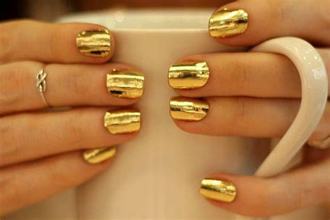 13 Ways To Incorporate Gold In Makeup/fashion