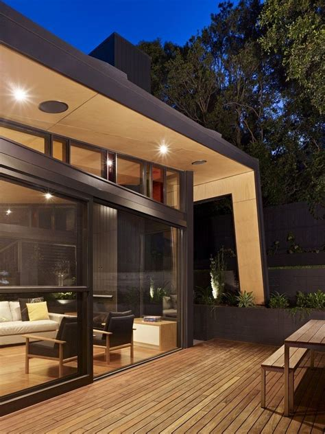 contemporary extension   classic melbourne kew house