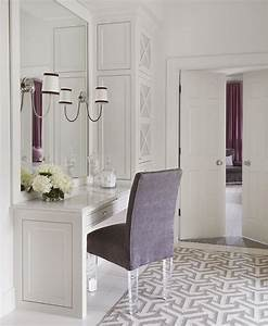 Purple, Vanity, Chair, With, Lucite, Legs, On, Gray, Geometric, Rug, -, Contemporary