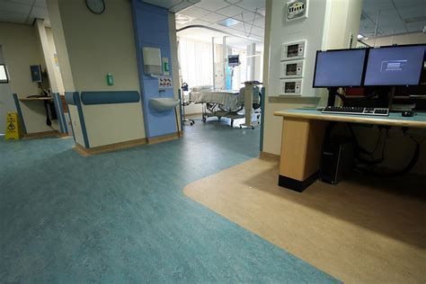 Buy Hospital flooring and clinic flooring in dubai