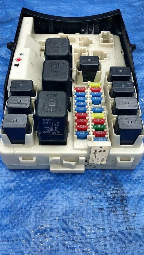 06 350z Fuse Box by 2007 Nissan 350z Oem Relay Power Junction Terminal Panel