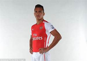 Alexis Sanchez Signs for Arsenal - WAARmedia