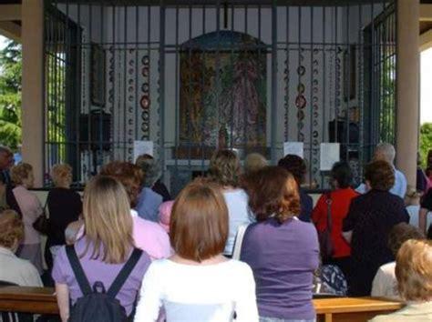 parrocchia ghiaie di bonate il vescovo 171 apparizioni presunte ma alle ghiaie di