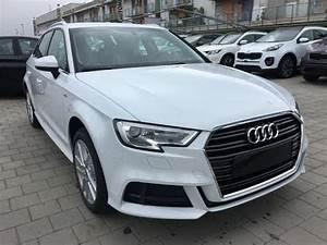 Audi A3 Sportback Business Line : audi a3 sportback 1 6 tdi 116 cv business s line exterior km0 bianco ghiaccio youtube ~ Medecine-chirurgie-esthetiques.com Avis de Voitures