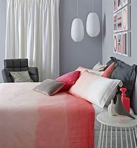 Chambre Fille Ado : murs gris dans une chambre d 39 enfant ~ Teatrodelosmanantiales.com Idées de Décoration