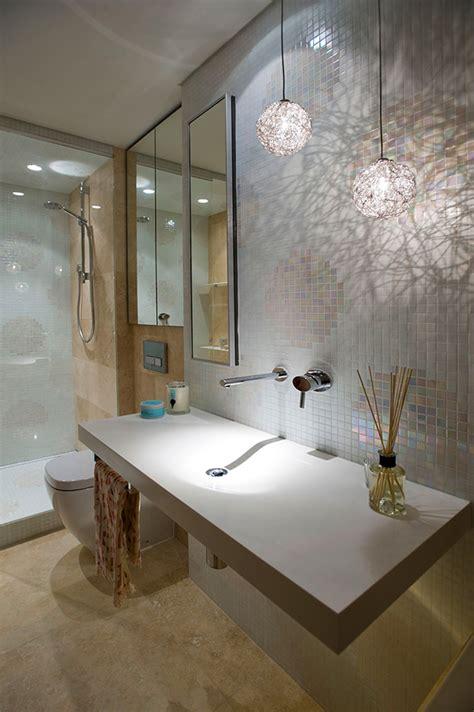 Einrichtung Kleiner Kuechekleine Kueche Hinter Schiebetuere by Kleines Apartment In Sydney Moderne Einrichtung