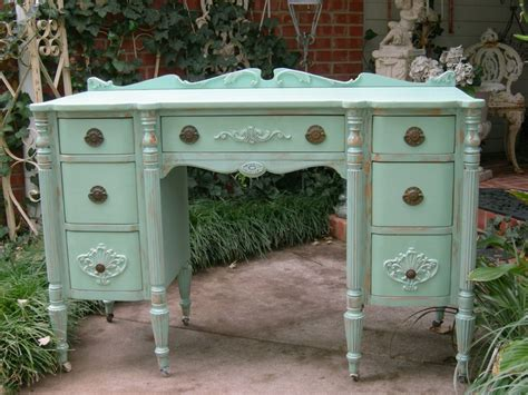 sell shabby chic furniture 48 best vintage sell images on pinterest china china cutlery and dinner ware