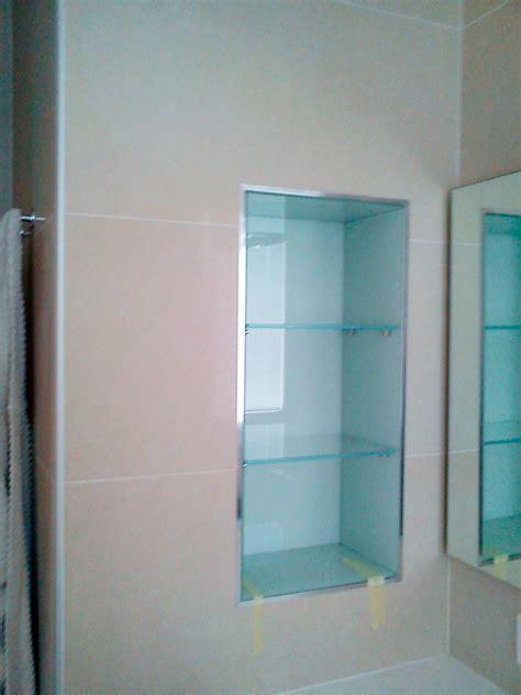 porta mensole vetro nicchia con mensole in vetro conselvetro