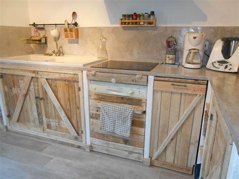 meuble cuisine en palette cuisine avec palettes meubles palette