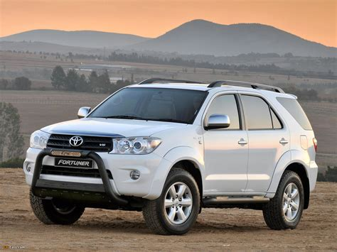 Toyota Fortuner 4k Wallpapers by Toyota Fortuner Epic 2009 Wallpapers 1600x1200