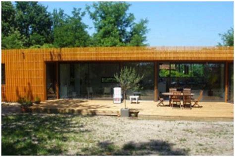 une maison 233 cologique en bois dans les landes bois