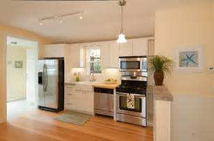 small apartment kitchen design ideas small apartment kitchen design