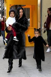 Kim Kardashian Grabs Lunch At Cipriani With Her Kids ...