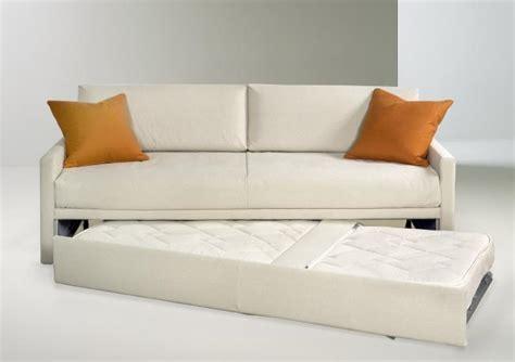 comment recouvrir un canapé en cuir canapé lit gigogne avec second lit berto shop